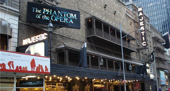 560 x 300 the phantom of the opera