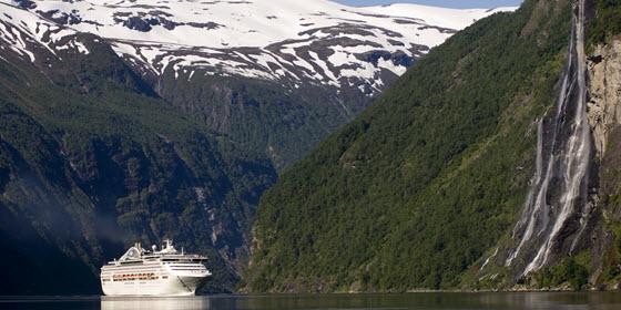 560px_fiordos (c) Terje Rakke_Nordic life_ Visitnorway
