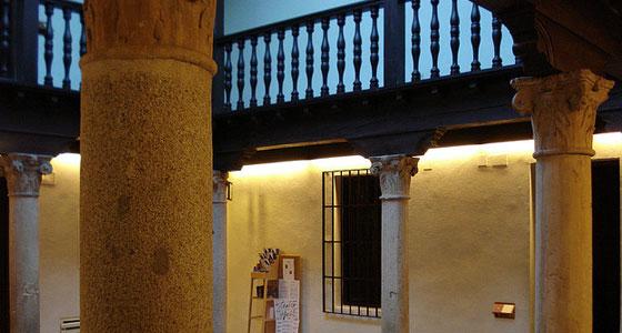 Casa-Cervantes-patio-interior