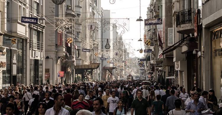 Avenida de Istiklal en Estambul. John Picken (Flickr)