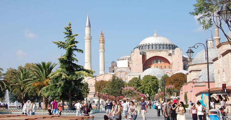 Santa Madre Sofía o Hagia Sophia (Emilio Leighton)