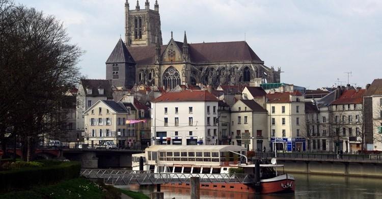 Catedral de Meaux y río Marne. Donald Judge (Flickr)
