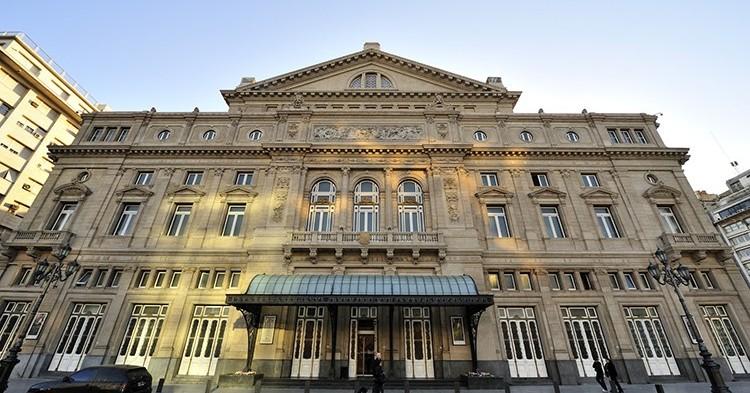 Teatro Colón (iStock)