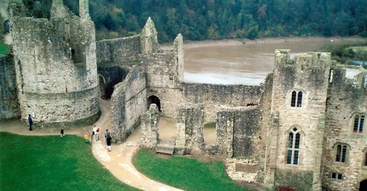 Castillo de Chepstow y río Wye. Theodore Scott (Flickr)