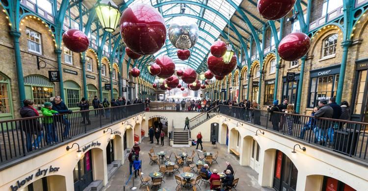 Covent Garden, con decoración navideña (iStock)