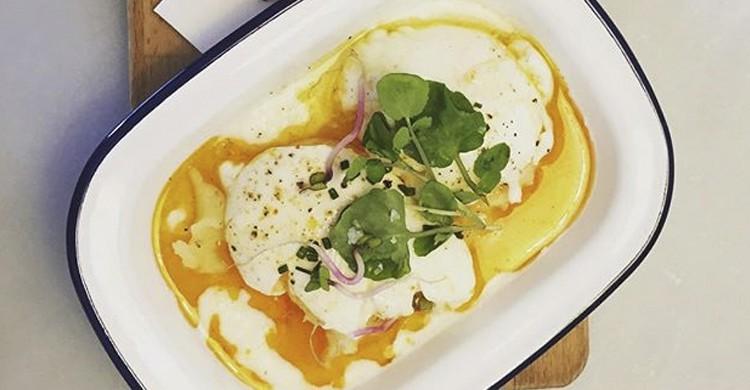 Turkish eggs (granjapetitbo.com)