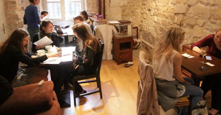 Le Cafe des Chats / Paris (lecafedeschats.fr)