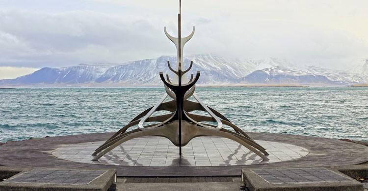 Escultura Sun Voyager en Reikiavik, Islandia (Flickr)