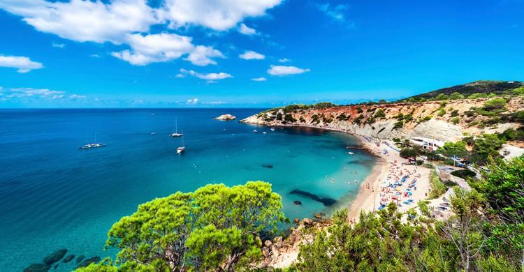 Ibiza es perfecto para los amantes de la fiesta y lo hippie. Fuente - Istock