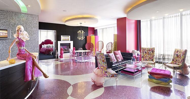 Suíte Barbie no Palms Casino (http://www.palms.com/accommodations/las-vegas-barbie-suite/)