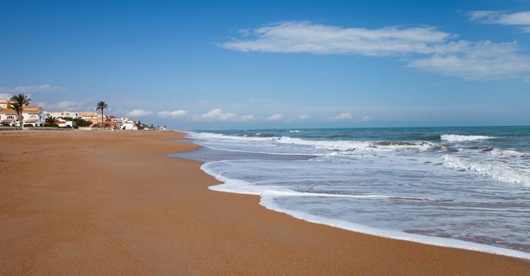 Playa de Denia. Brightstorm (iStock)