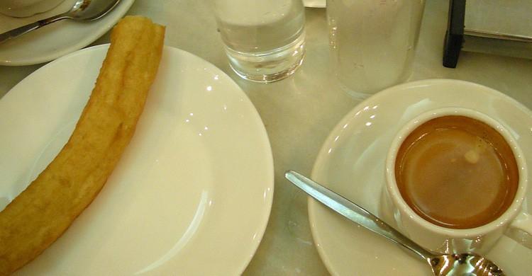 Desayuno de café y porra en Madrid (Flickr)