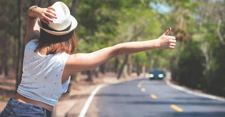 El aspecto influye a la hora de que un conductor decida parar (iStock)