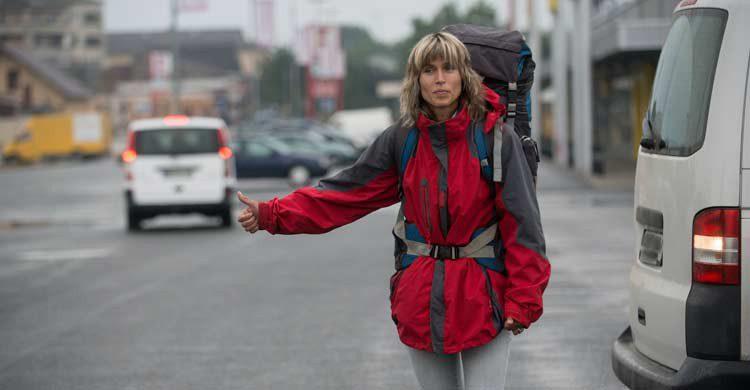 Informar a la gente de tu situación y del vehículo en el que vas te hará viajar con más tranquilidad (iStock)