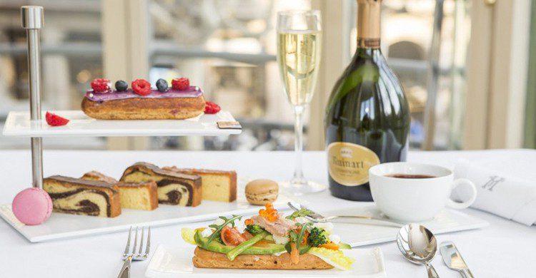 Majestic Champagne Fashion Tea (Hotel Majestic)