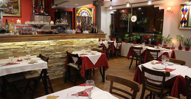 Comedor (Nuevo Espacio, www.persianrestaurant)