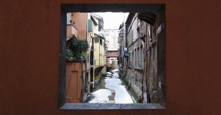 El canal a través de la ventana llamada 'finestrella'. Marcovarro (iStock)