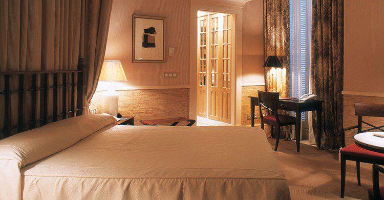 Una de las habitaciones (Web del hotel Adler)