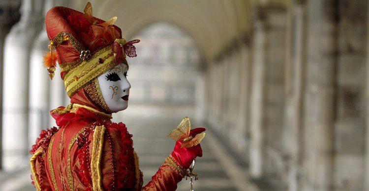 Carnaval en Venecia. Mandymin (iStock)