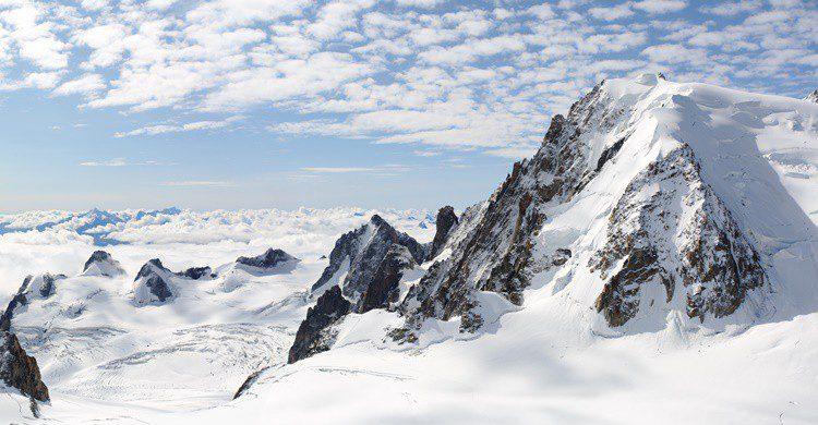 Mont Blanc, en los Alpes. AntonioGuillem (iStock)