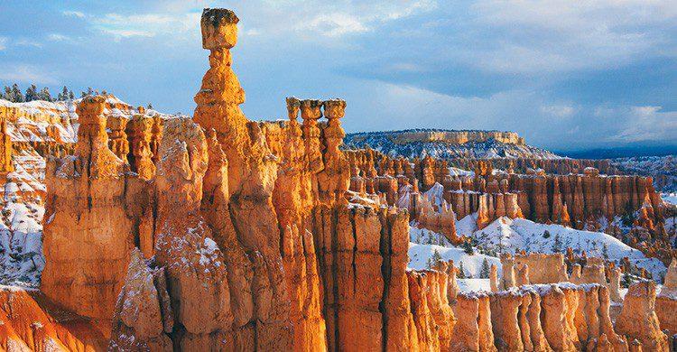 Chimeneas de hadas en el Parque Nacional Bryce Canyon, Utah (EE UU)