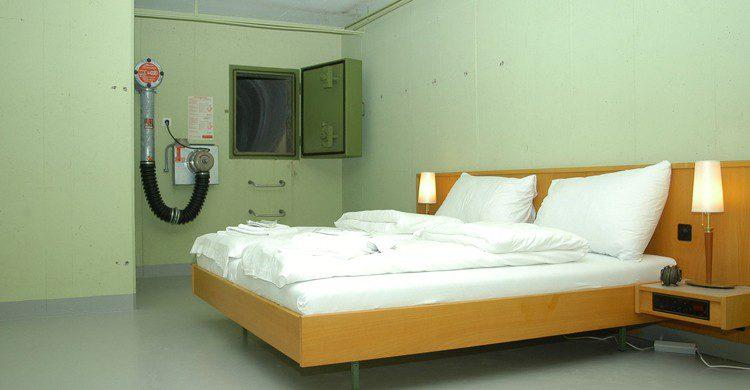 El anterior Null Stern Hotel (Künstlersohn, Wikipedia)