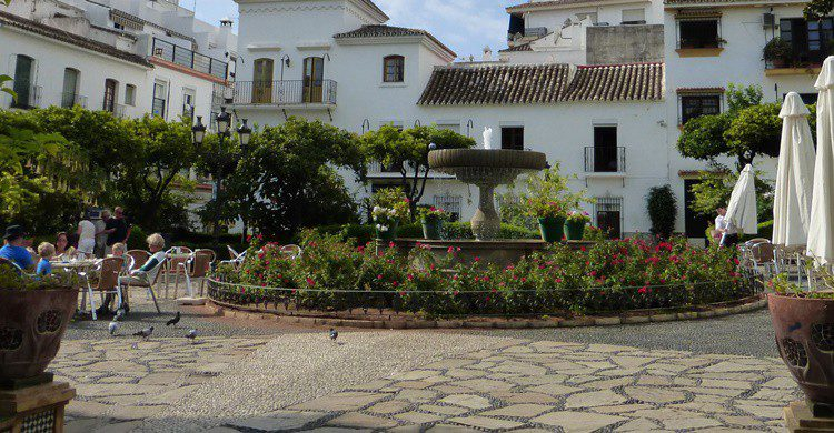 Plaza en Estepona. Alcalaina (Flickr)