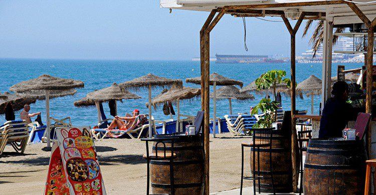 Chiringuito en la playa de Málaga