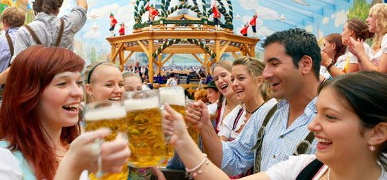 Los mejores biergarten de munich el viajero fisg n - Kupka garten ...