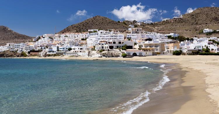 Pueblo costero en Cabo de Gata (iStock)