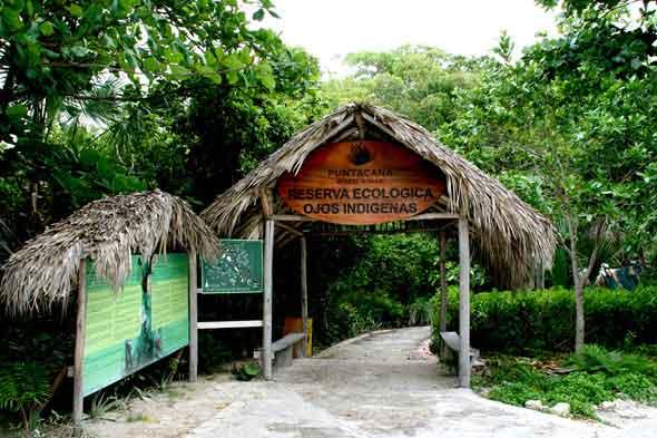 El parque ecológico Ojos Indígenas es una reserva natural de más de 600 hectáreas con doce lagunas