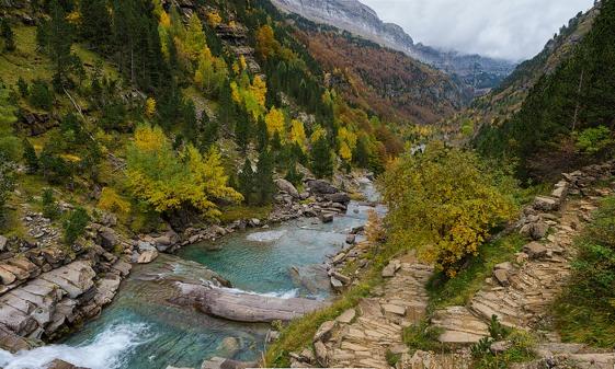 El acceso al parque de Ordesa-Valle Perdido está limitado a 1.800 visitantes diarios.