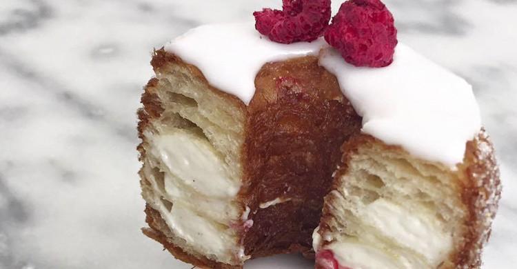 Cronut (Dominique.Ansel.Bakery)