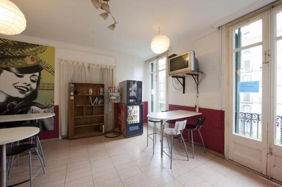 rambla_catalunya_hostel