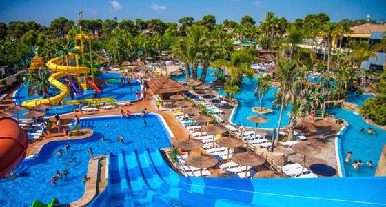 10 campings para unas vacaciones low cost el viajero fisg n for Camping con piscina climatizada en tarragona