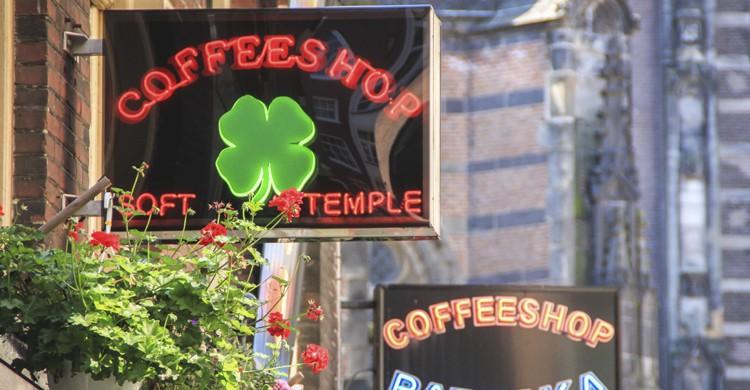 Coffee Shops (iStock)