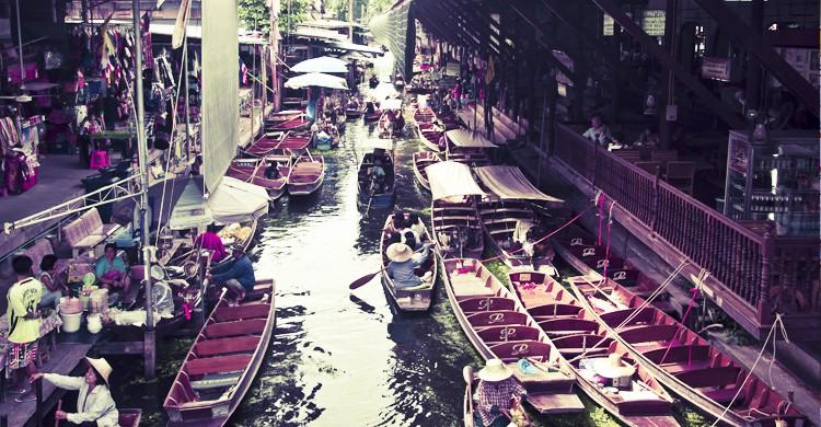 Mercado Flotante de Dammonoen Saduak(Roberto Faccenda, Flickr)
