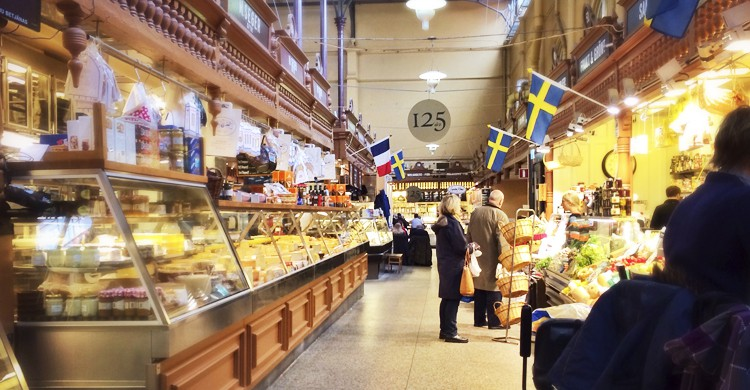 Mercado de Östermalms Saluhall(Sharon Hahn Darlin, Flickr)