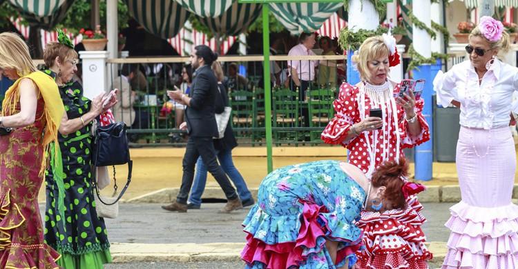 Feria de abril vestidos (iStock)