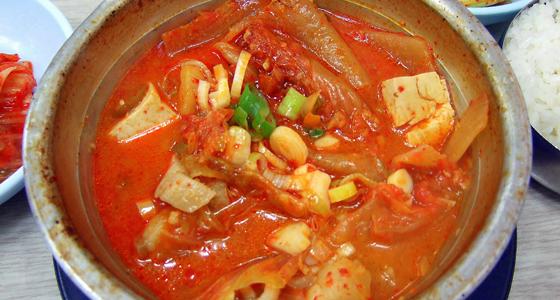 Kimchi jjigae / Foto: mabeleaff