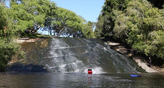 Rere Rock Slides, Nueva Zelanda. http://www.luckyrentals.co.nz