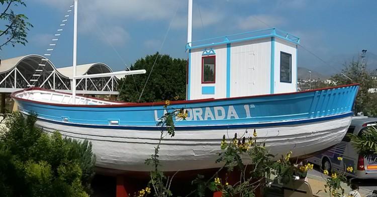 El famoso barco de Chanquete, en Nerja. Julen Iturbe-Ormaetxe (Flickr)