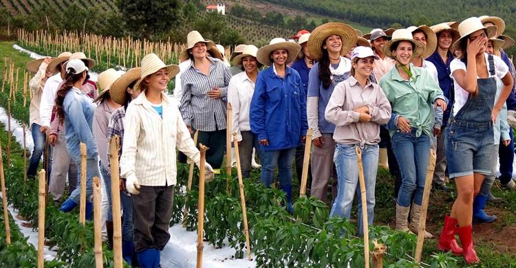 Mujeres en Noiva do Cordeiro, Brasil (danielangellico.com)