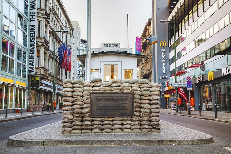 Checkpoint Charlie (iStock)