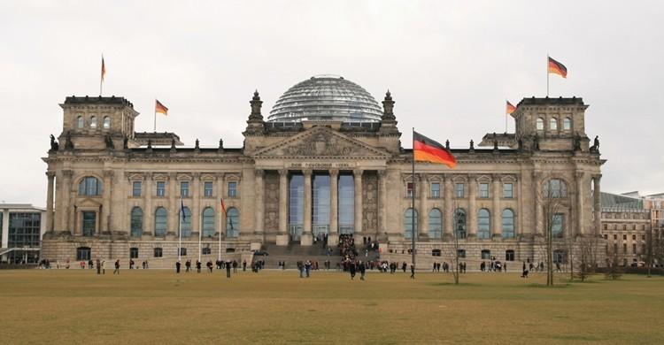 Edificio del Reichstag con su cúpula de cristal. Bernt Rostad (Flickr)