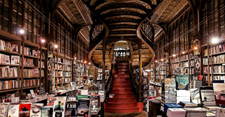 Librería Lello e Irmao - Cosas que ver en Oporto