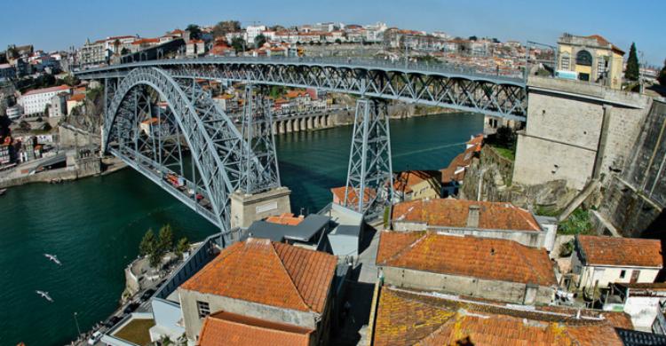Puente de Luis I - Roberto Bowyer (Flickr)