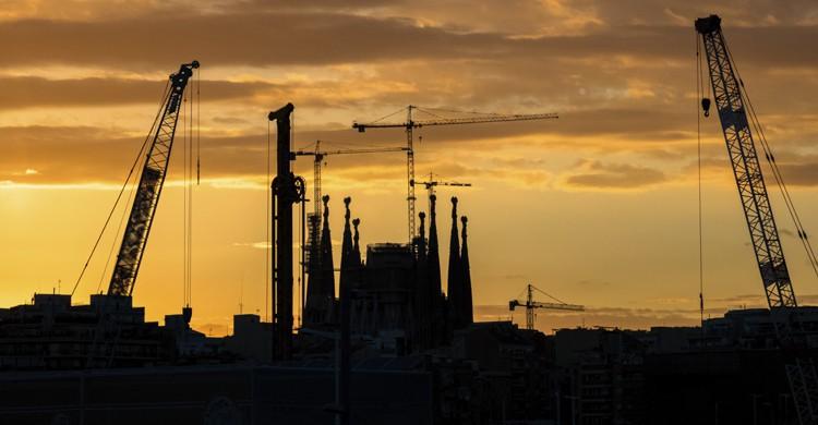 Sagrada Familia contraste (iStock)