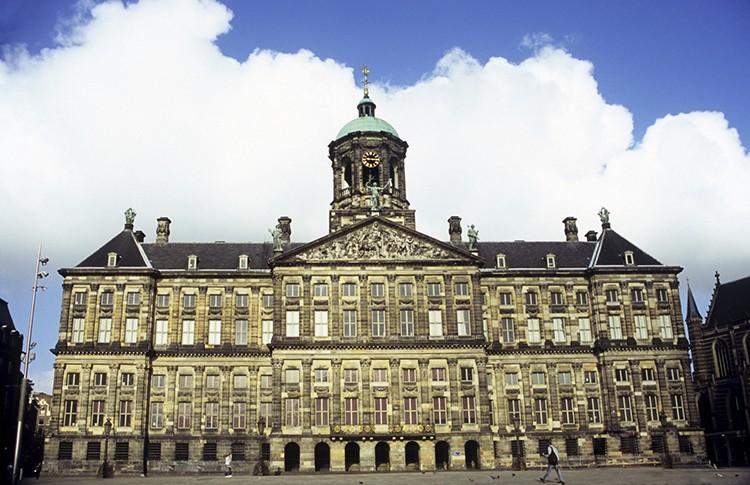Palacio Real, Ámsterdam (iStock)