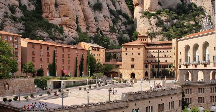 Monasterio de Montserrat (Flickr)